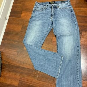 Lucky Brand straight 31x32 jeans